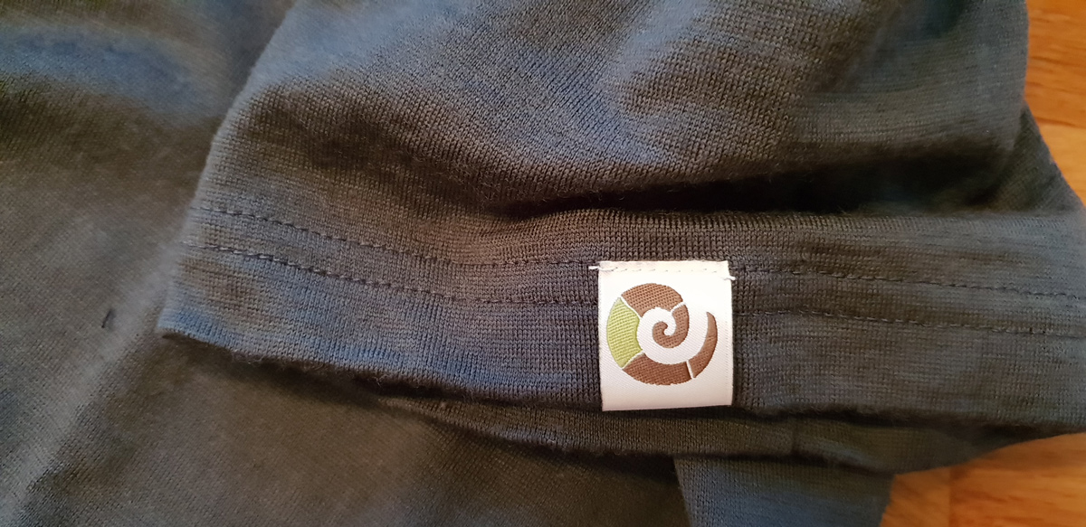 Who wants such a nasty patch on their merino shirt for 70 euros from Kaipara?